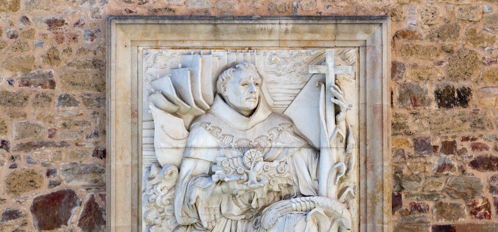 Bajorrelieve de Fray Toribio de Benavente (22)