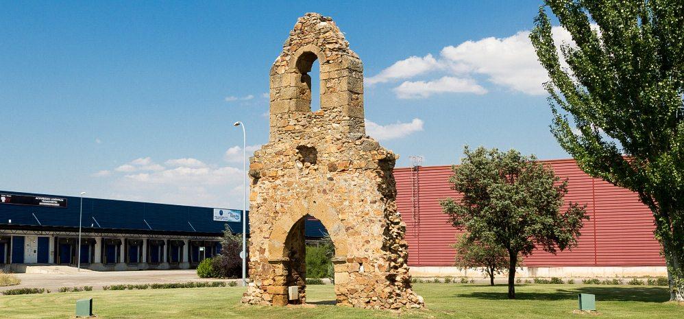 Espadaña ermita de san Lazaro (3)