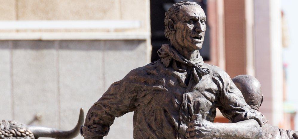 Monumento al toro Enmaromado (37)