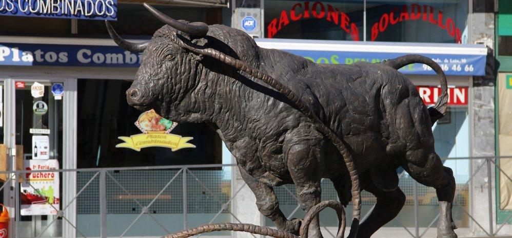 Monumento al toro Enmaromado (43)