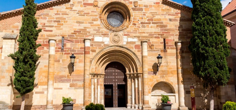 San-Juan-del-Mercado-exterior-1000-998x465_c