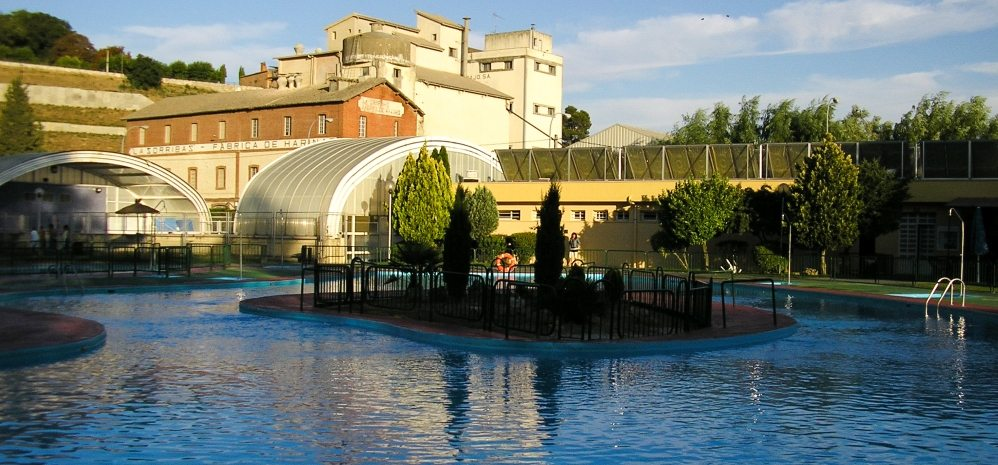 Piscinas municipales descubre benavente for Piscinas benavente