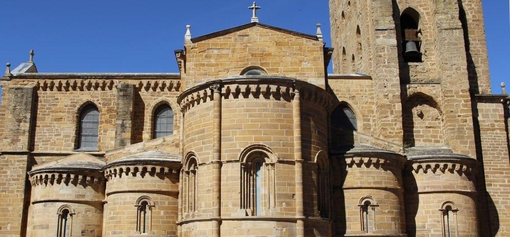 Iglesia-de-Santa-Maria (300)