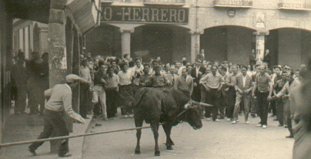 historia-1959 Perillán Plaza Santa María